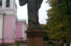 пам`ятник чернівці