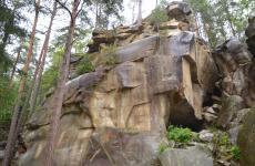 скелі карпати