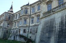 мури замку